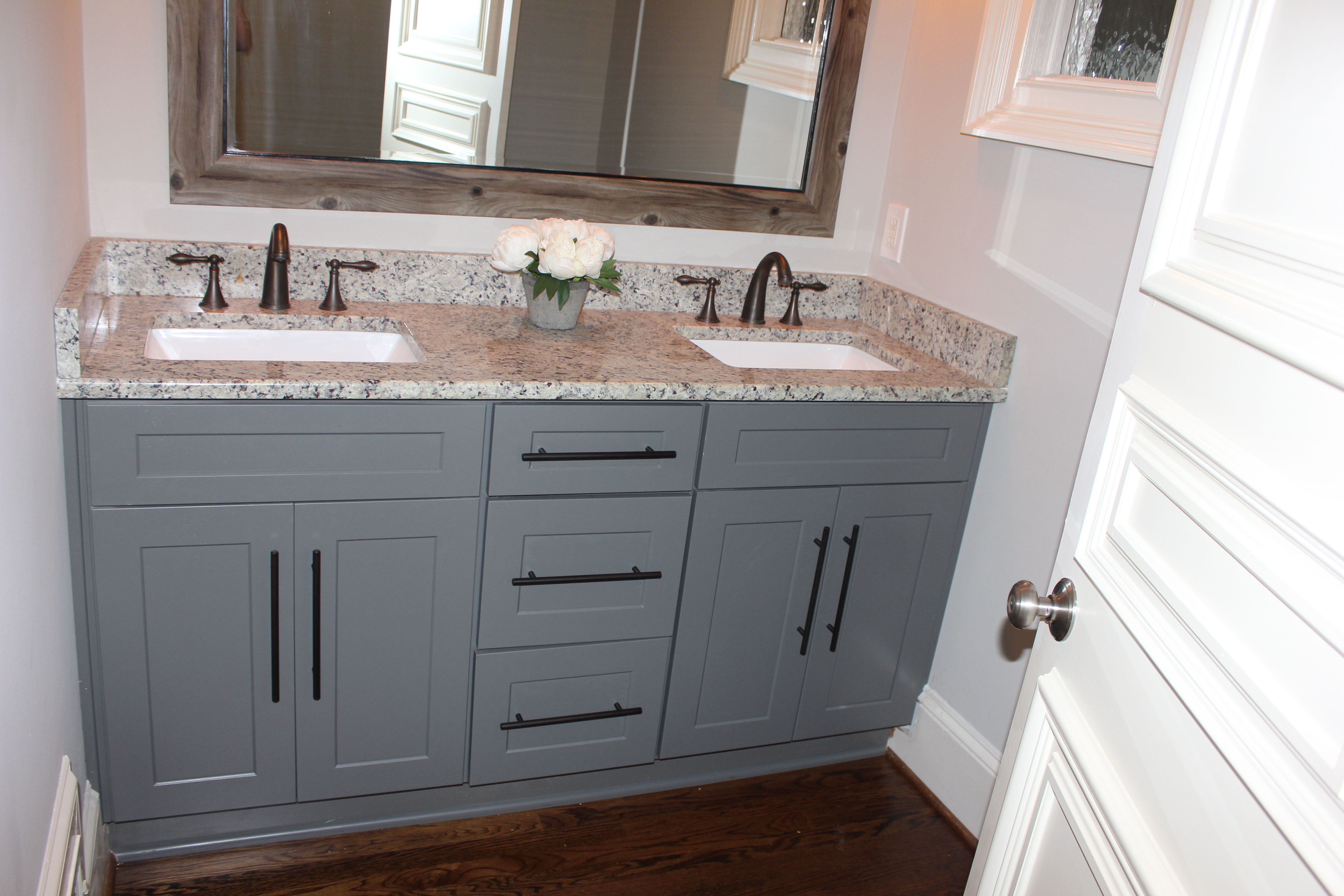 Grey Shaker Cabinets With Oil Rubbed Bronze Pulls And Faucets