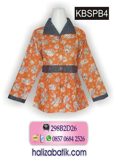 Blus Batik Model Kerah Lebar Dengan Variasi Sabuk Lengan Panjang