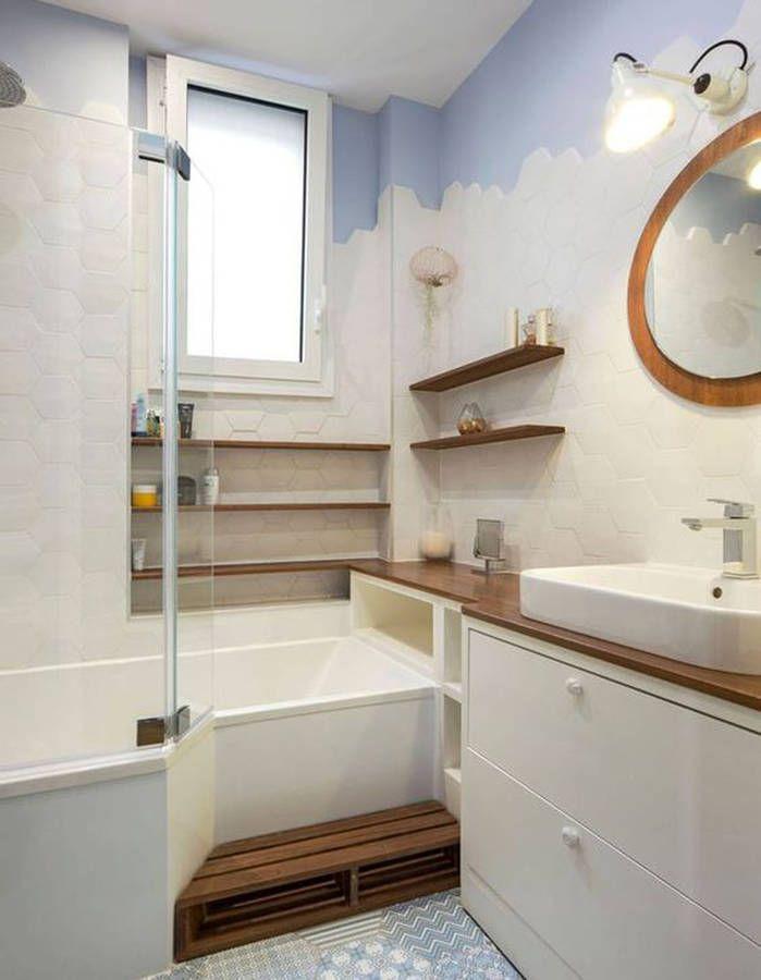Salle de bains pour enfant avec un accès facilité à la baignoire