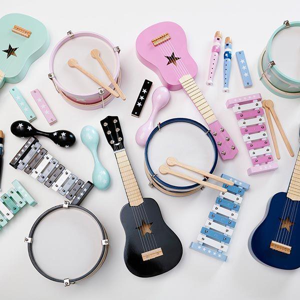 #Muziekinstrumenten zwart - Kid's Concept #blackandwhite #monochrome #toys #kidsconcept #music #monochromekids #scandinavian #sint #xmas #littlethingz2