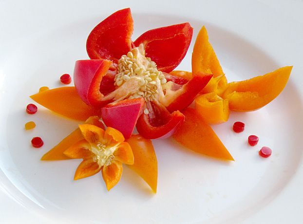 Garnishes for Dinner Plates | Cherry Tomato Flower Garnish ...