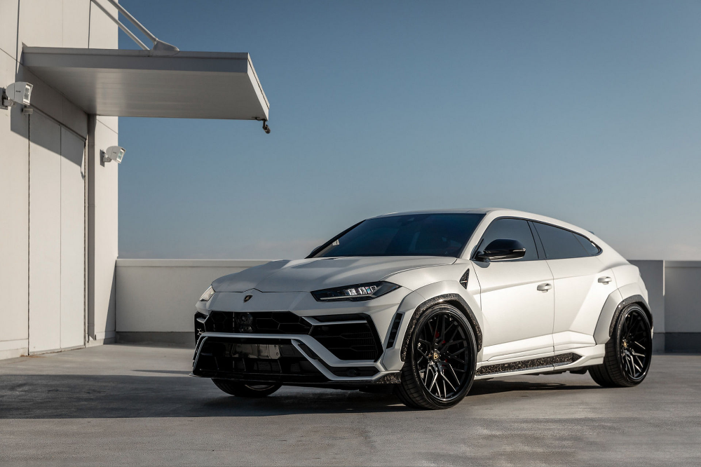 Miami Tuner 1016 Industries Amps Up The Lamborghini Urus Without Affecting Factory Warranty Carscoops Super Luxury Cars Best Luxury Cars Lamborghini