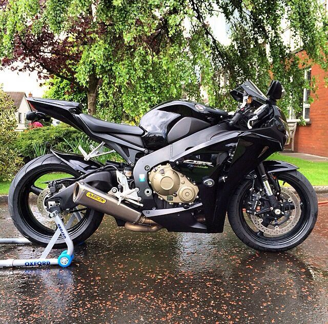 Honda Cbr1000rr W/ Arrow Exhaust Arrow Exhaust And Other