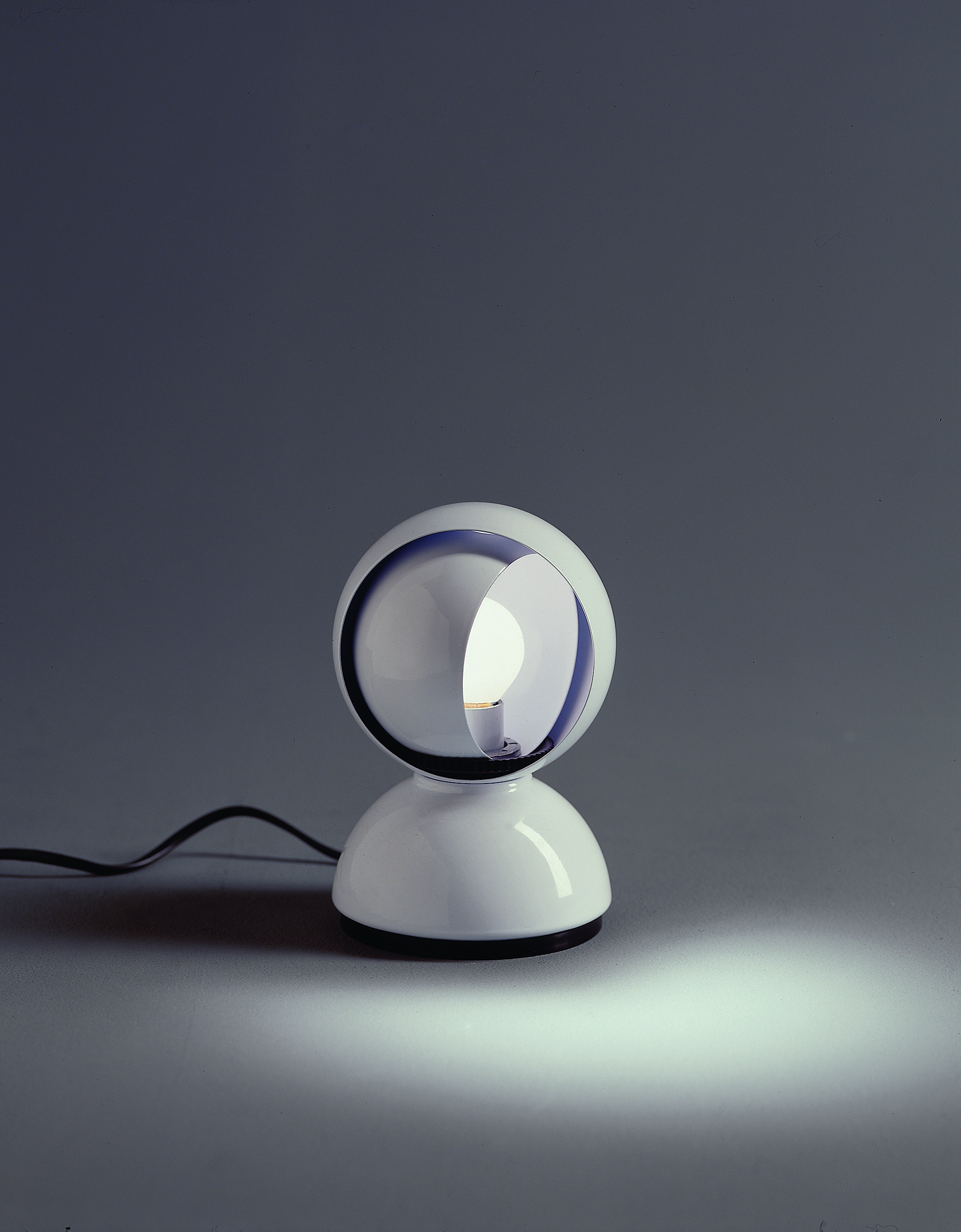 Eclisse White by Vico Magistretti 1967 lighting