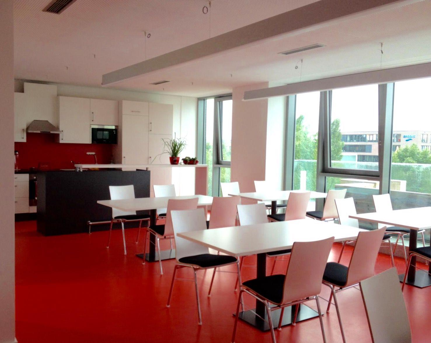 Aufenthaltsraum inkl. Küche by kühnle\'waiko #kitchen #office ...