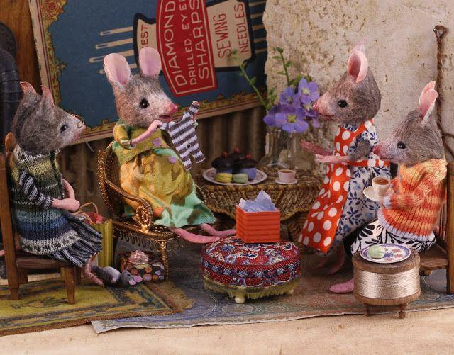 MousesHouses   Felt mouse, Pet mice, Childrens dolls