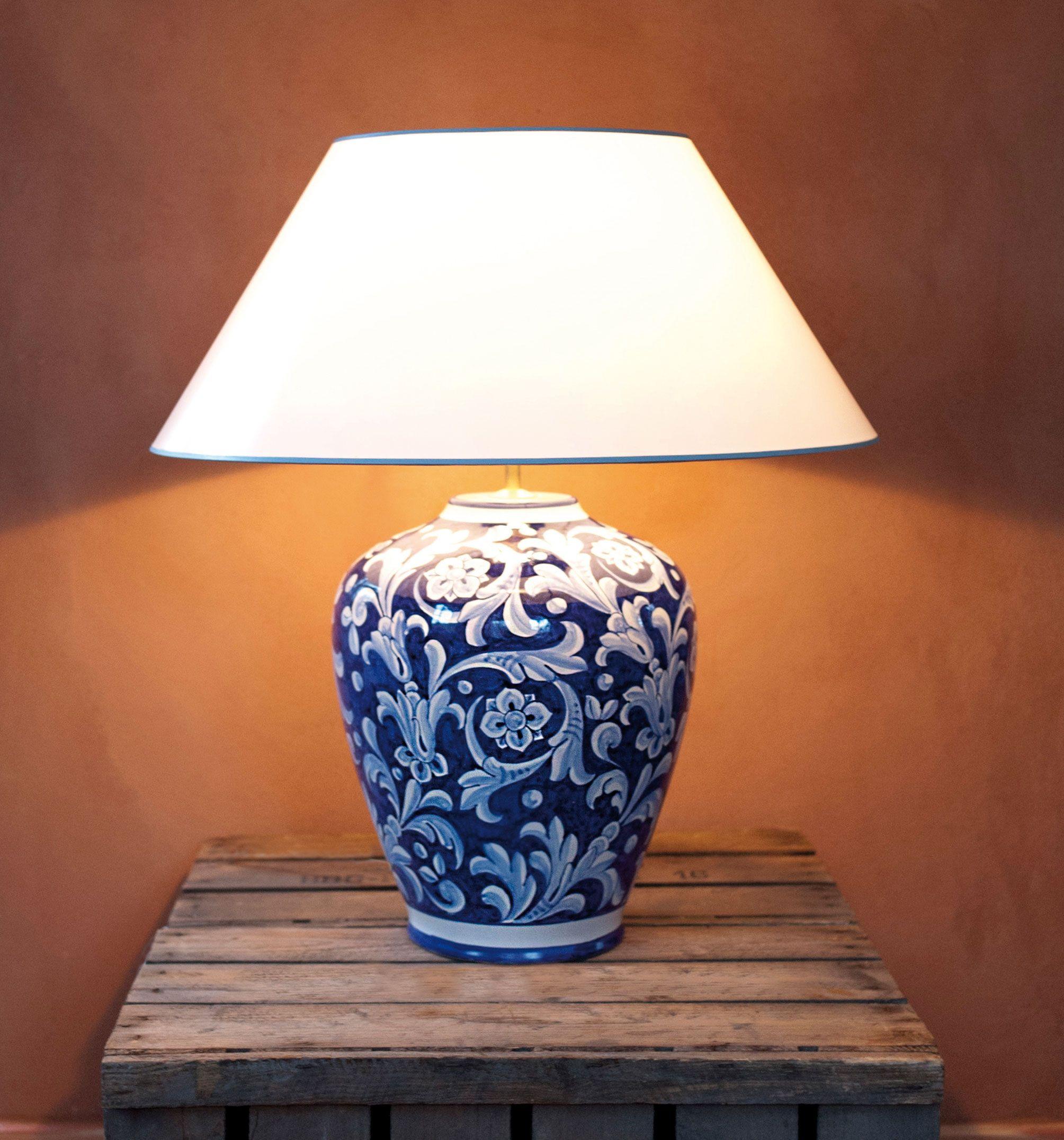 Blaueweisse Handgemalte Keramik Tischlampe, Florentiner Muster Aus Italien