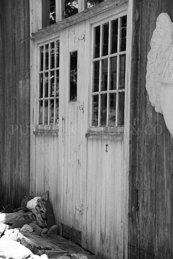 b & w barn doors