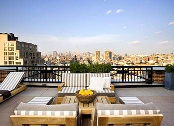 Nighttime Rooftop Parties Here Amazing View Good Times The Soho Grand New York