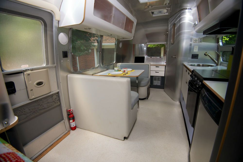 Airstream For Sale Bc >> 2002 Airstream International CCD 22 for sale in Grosse Pointe, Michigan | Camping | Pinterest ...