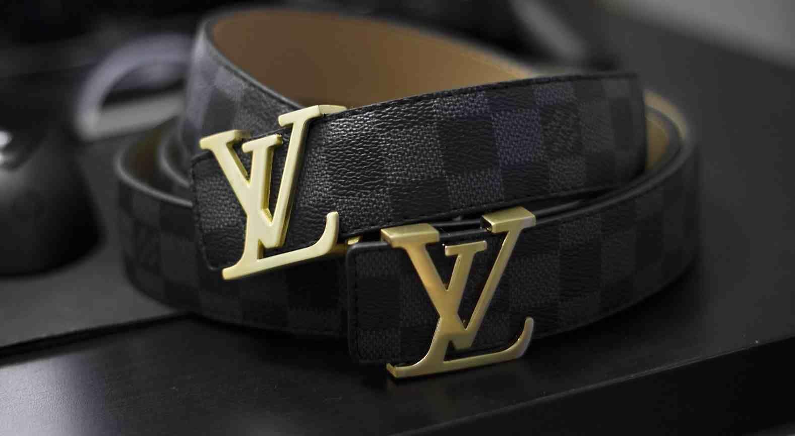 c72c1f31005 Louis Vuitton Damier belt | Suit | Designer belts, Mens luxury belts ...