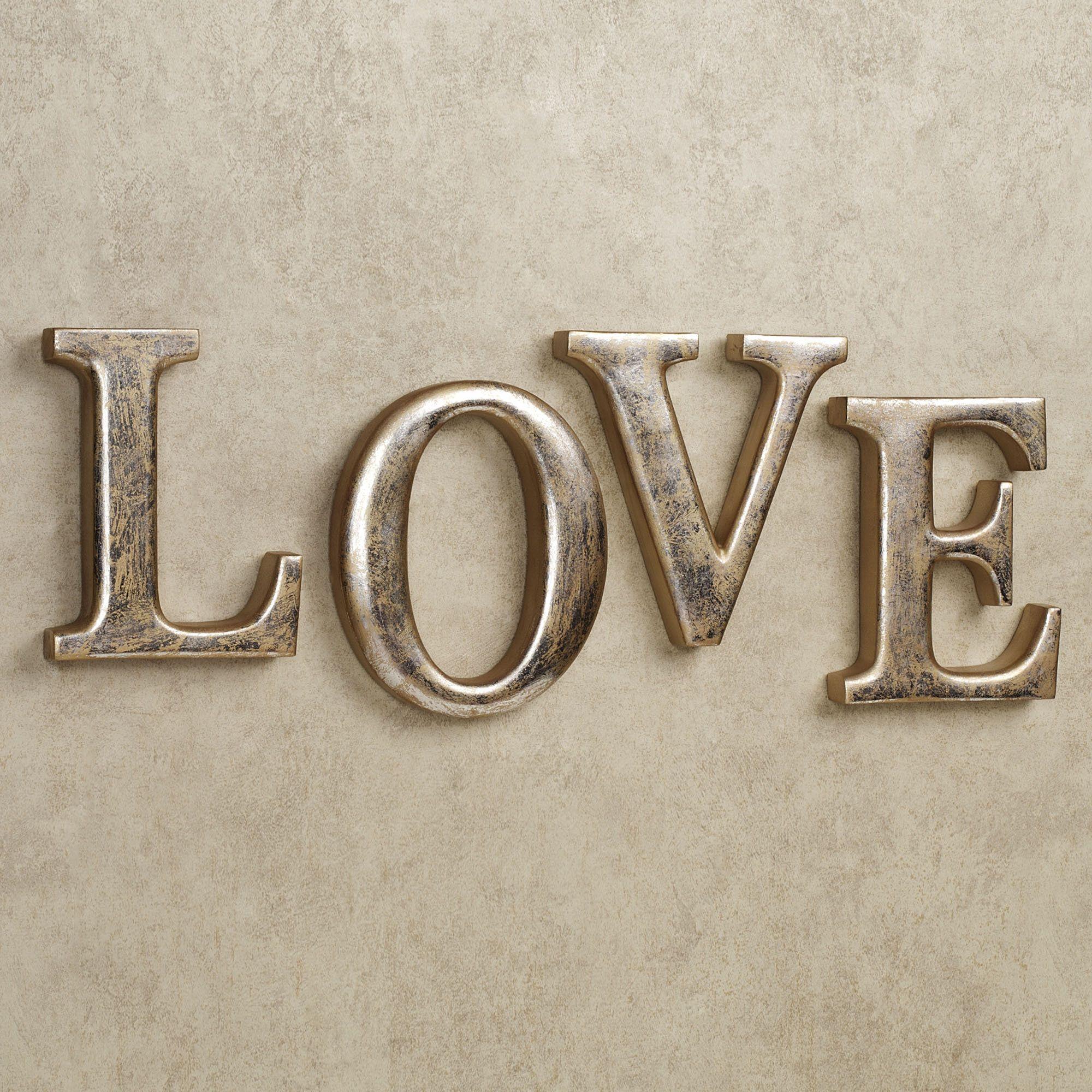 Genial LOVE Letters Wall Word Art Set