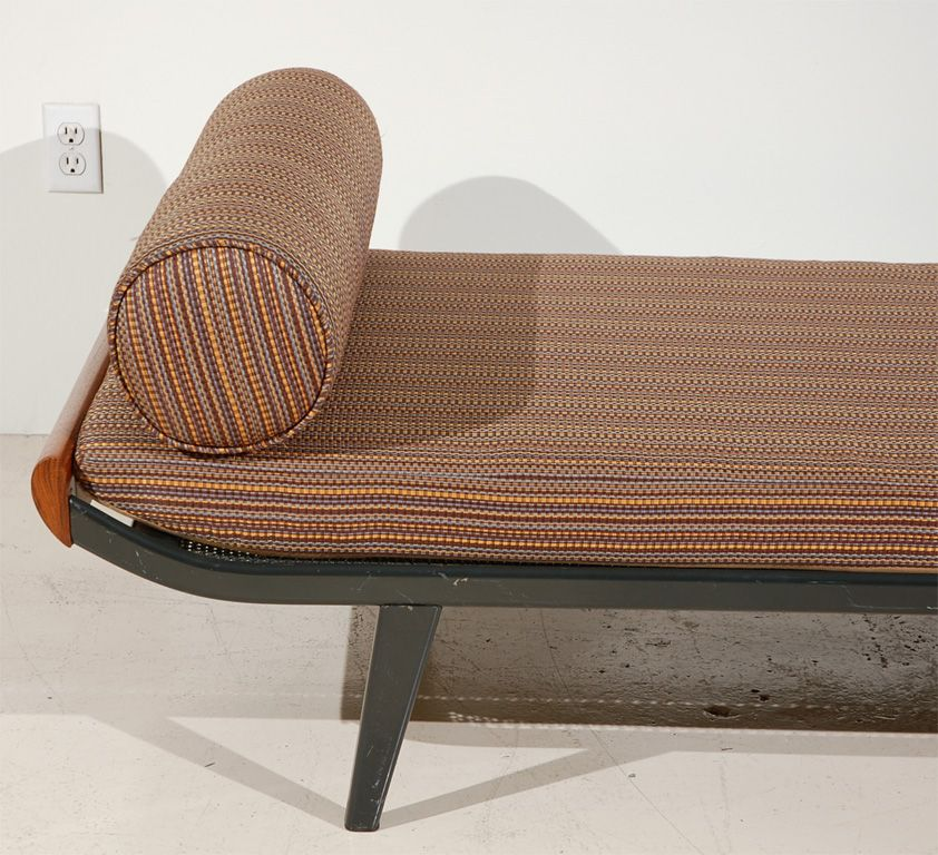 Cleopatra daybed by dick cordemeijer for auping for Cleopatra sofa bed