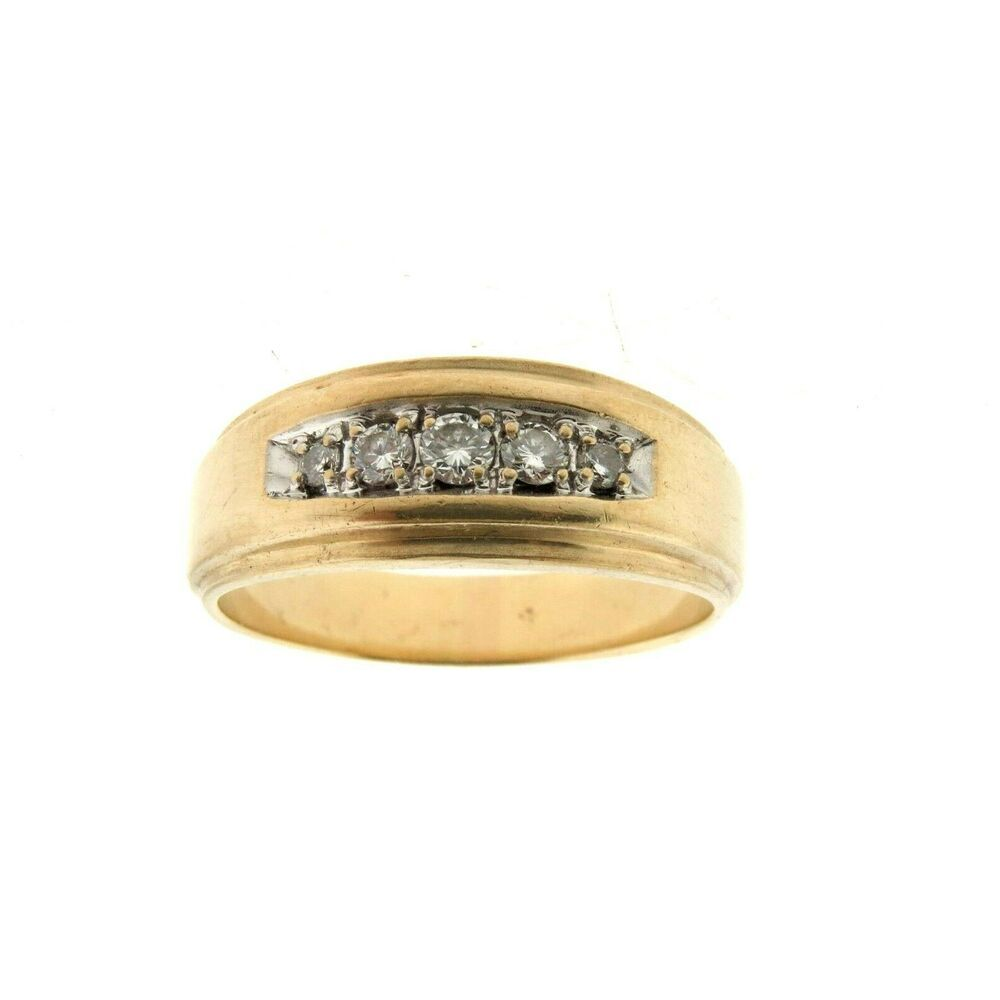 14K Gold Round Wedding Band Sz 11