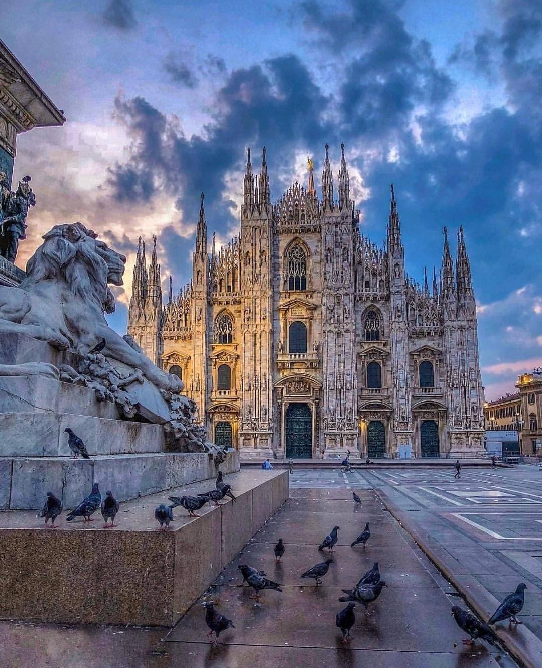 Milano Italy Very Beautiful City Pics Italy Travel Photography Northern Italy Travel Italy Travel
