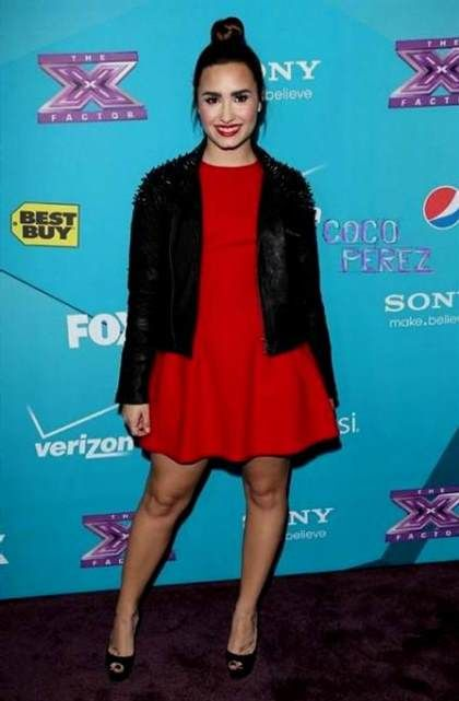 Cool Demi Lovato Red Dressfactor Seven Eight Check More At