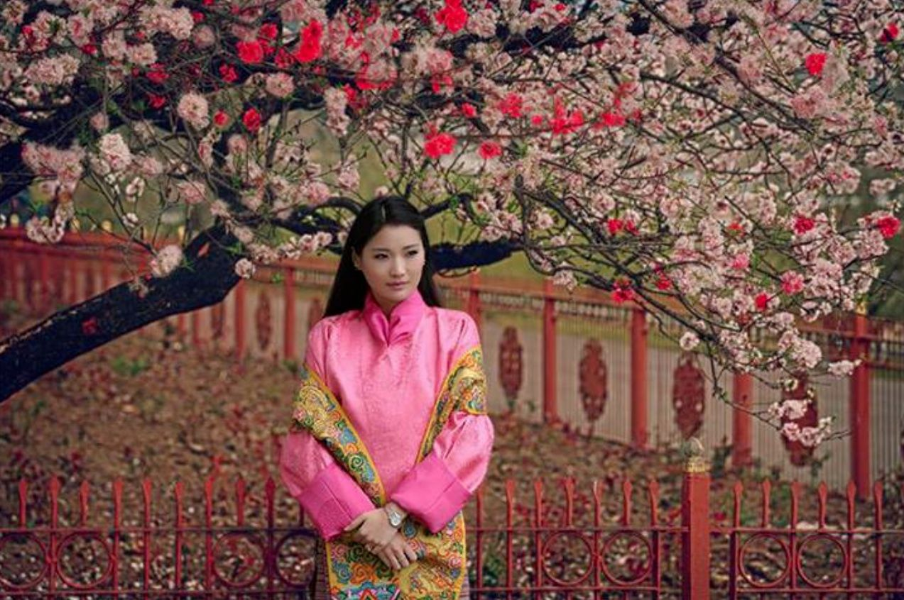 Bhutan Royal Family Asian Heroines Pinterest Bhutan And Royals - The most eco friendly country in the world just planted 108000 trees to celebrate a new royal arrival