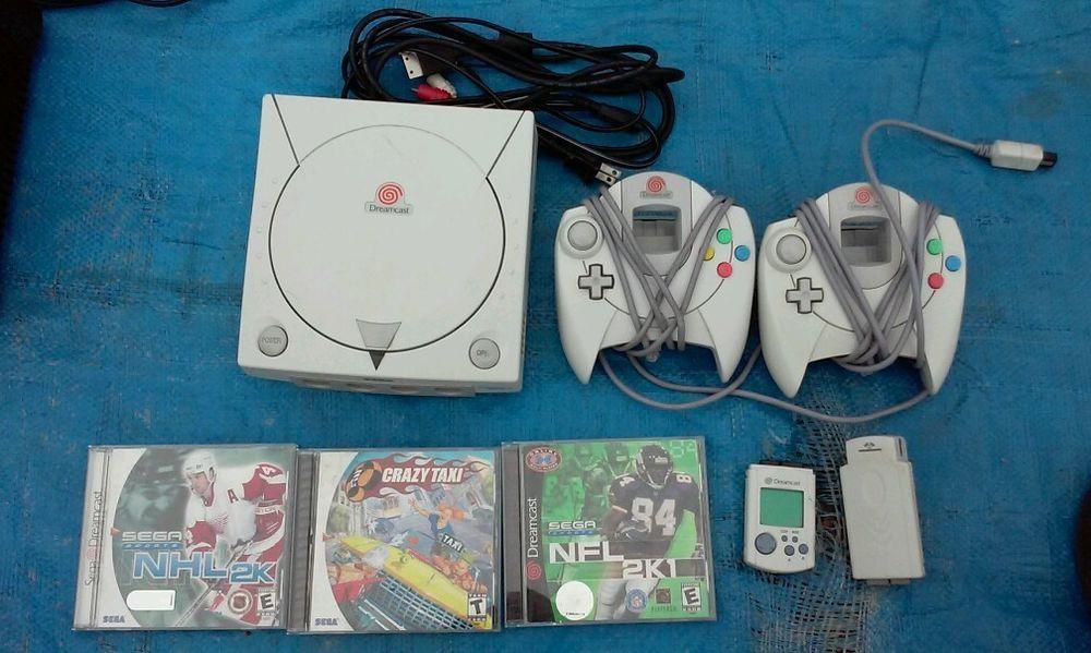 Sega Dreamcast White Console (NTSC), 2  controller's and 3 Games. #Sega