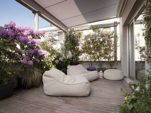 Pflanzen Sichtschutz Balkon Ziergras Rhododendron Markise Loggia