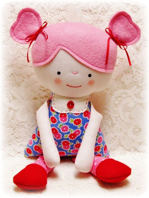 Soft Rag Doll PATTERN, PDF pattern, e pattern, Plush, Softie, Toy, Boy and Girl, Cloth Doll Pattern, Instant Download, Digital Download by OhSewDollin on Etsy https://www.etsy.com/listing/88669118/soft-rag-doll-pattern-pdf-pattern-e