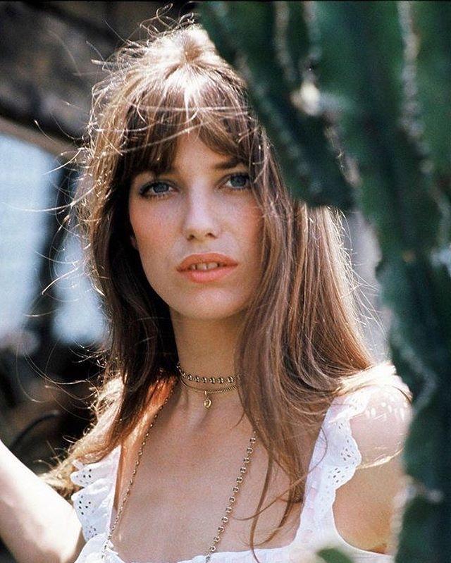 "Photo of Female Icons Of 1960s👗 på Instagram: ""Jane Birkin🌼 #sixties #retro #sixtiesstyle #fashion #iconic #era #love #vintage #swingingsixties # 1960s #actress #singer #model # retrostyle…"""