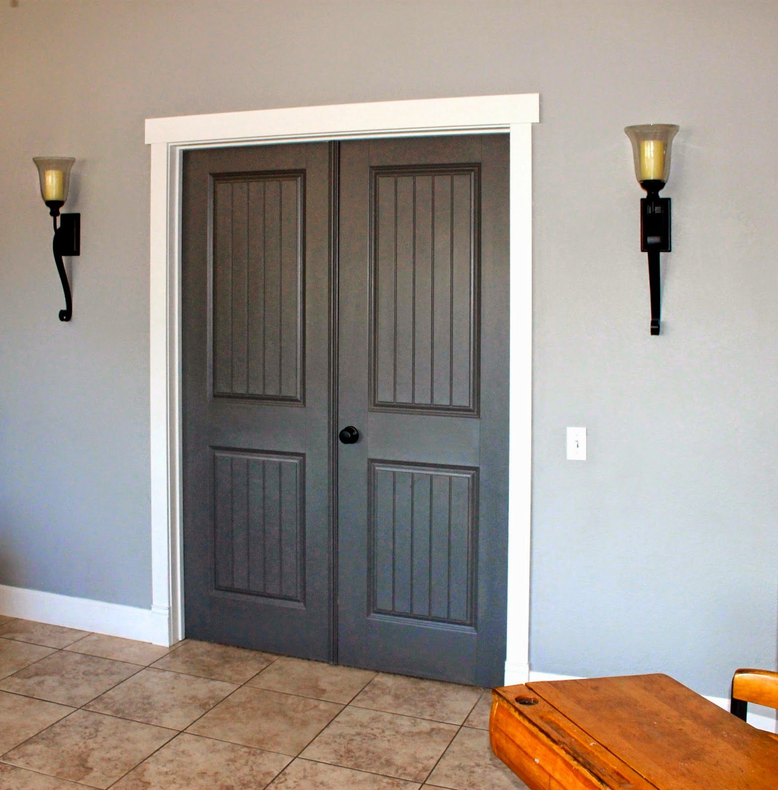 grey stained door with white trim doors and white trim but i love the combination of. Black Bedroom Furniture Sets. Home Design Ideas