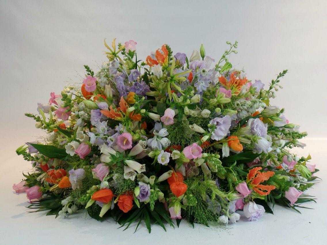 Rouwstuk Funeral Flowers Pinterest Funeral Flowers Flowers