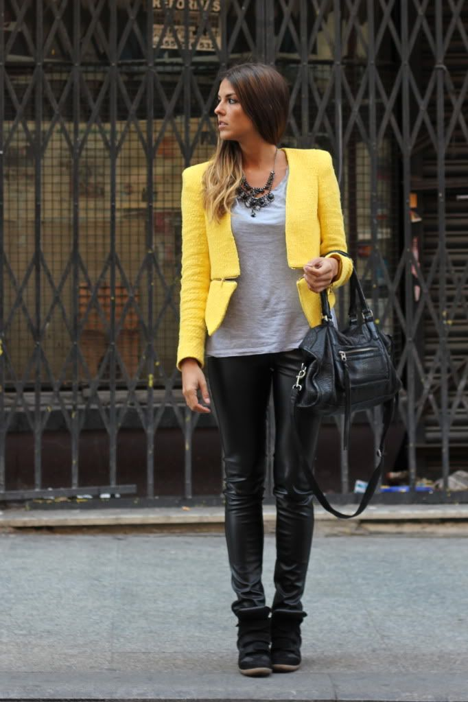 Chaqueta/Jacket: Zara (SS 12)  Pantalones/Pants: New Yorker (AW 12)  Saneakers: Steve Madden (SS 12)  Collar/Necklace: Accesorize (AW 12)