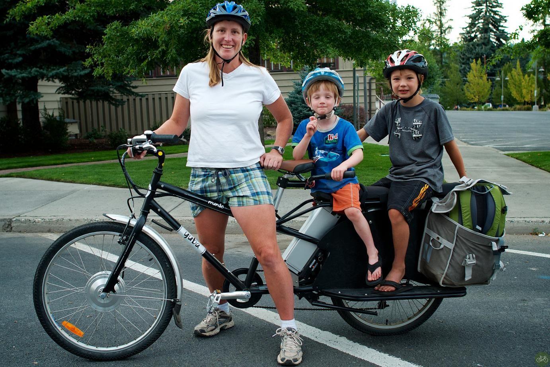 Moms And Cargo Bikes Cargo Bike Bike Cargo