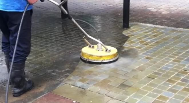 Just A Really Satisfying Power Washing Video