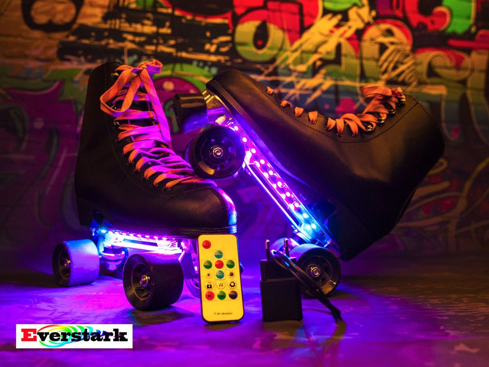 patin a roulette lumineux roller quad led patinage artistique led cirque magique roller patin. Black Bedroom Furniture Sets. Home Design Ideas