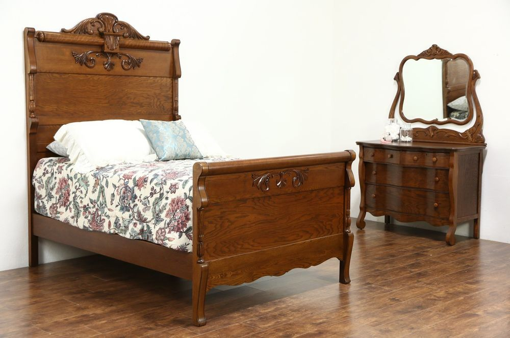 Victorian Carved Oak Antique 1900 Bedroom Set Full Size Bed Chest Amp Mirror Antiques Furniture Oak Bedroom Furniture Oak Bedroom Victorian Bedroom Set