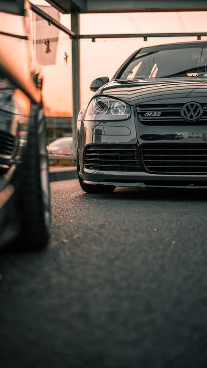 The Latest Iphone11 Iphone11 Pro Iphone 11 Pro Max Mobile Phone Hd Wallpapers Free Download Volkswagen R32 Car Iphone Wallpaper Vw Golf Wallpaper Volkswagen