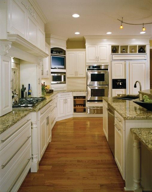 White Cabinets Also Star In This Traditional Kitchen Also By Holiday  Kitchensu2026