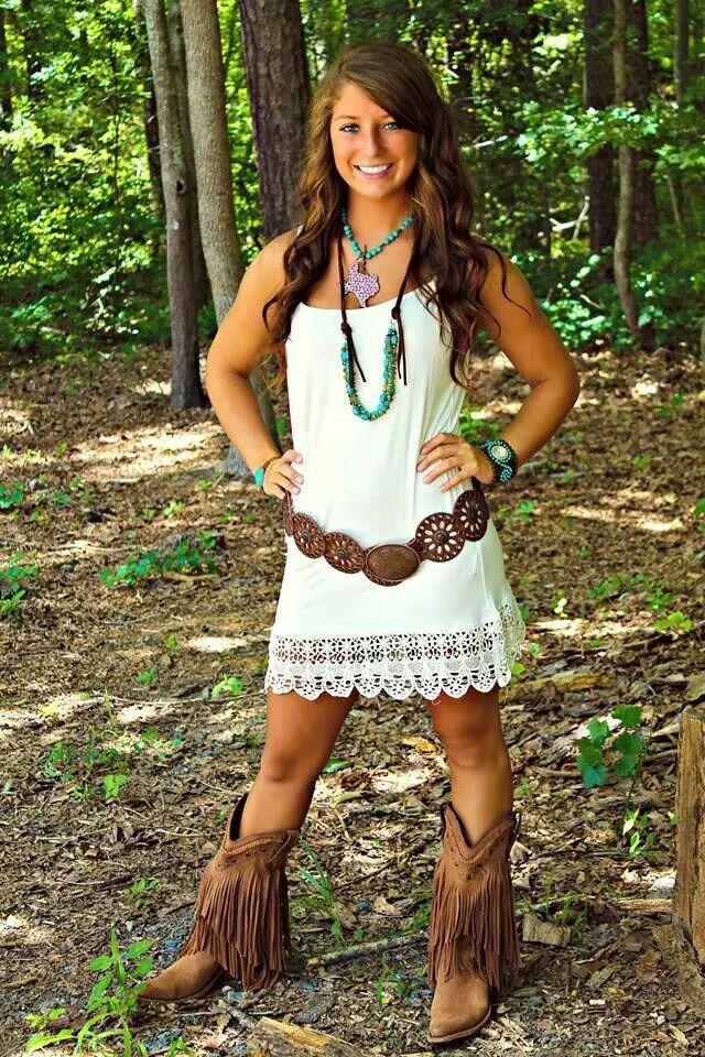 Sfc. Flow country white dress