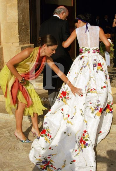 pin de lurdes lopez lopez en vestidos de boda   pinterest   vestidos