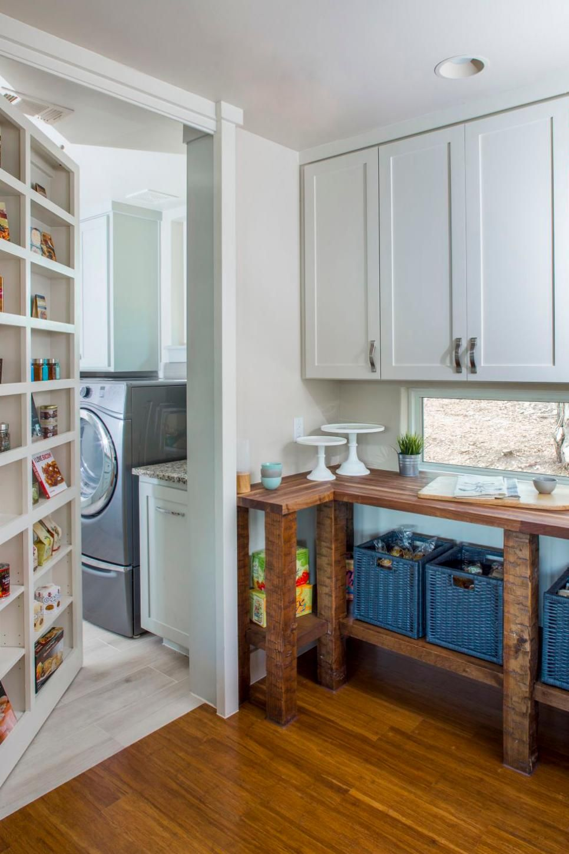 20 Cool Hidden Rooms + Secret Passages   DIY   Hidden rooms, Sleek ...