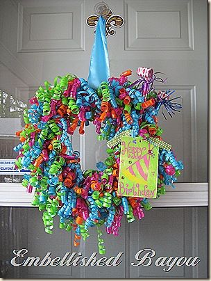 Photo of Curly Ribbon Wreaths – great for birthdays!  She has a great blog to follow and …