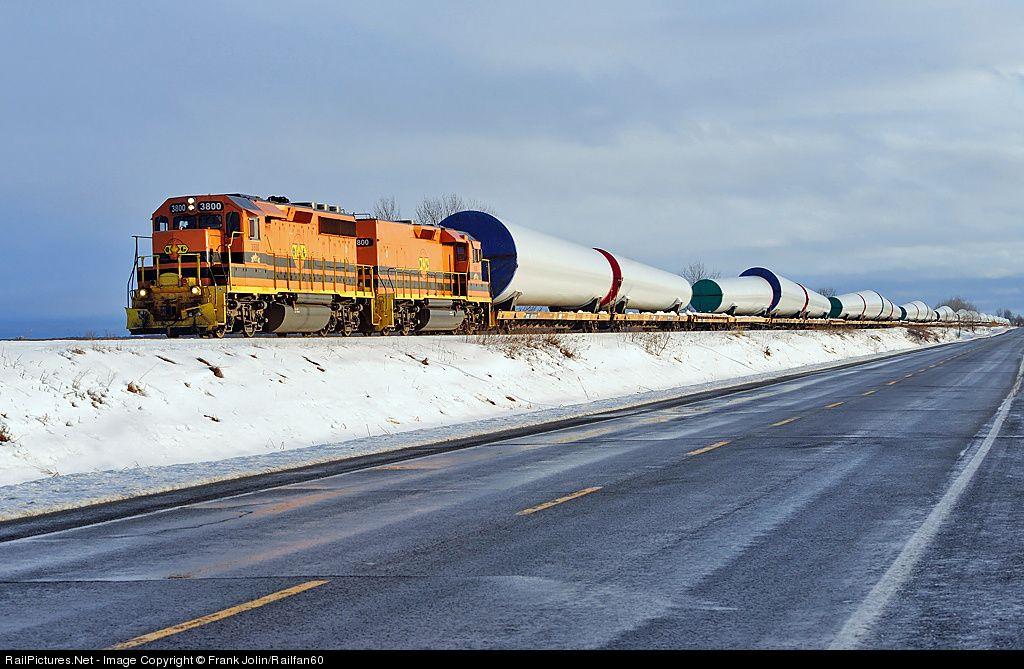RailPictures.Net Photo: 3800, 800 Quebec Gatineau EMD GP40-3 at Maskinongé, Quebec, Canada by Frank Jolin/Railfan60