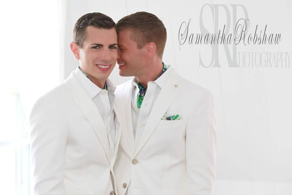 22 Stunning Same-Sex Wedding Photos That Are So Full Of Love   Gay ...