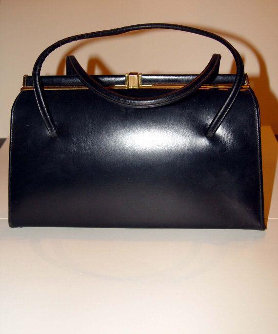 Classic Vintage Sharon Black Handbag Purse 1950s 1960s Made In Canada Great Condition 14 99 Via Etsy