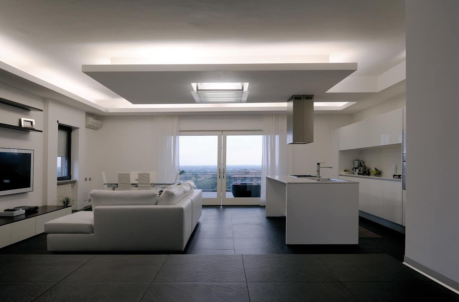 Appartamento su litorale romano soggiorno minimalista di ...