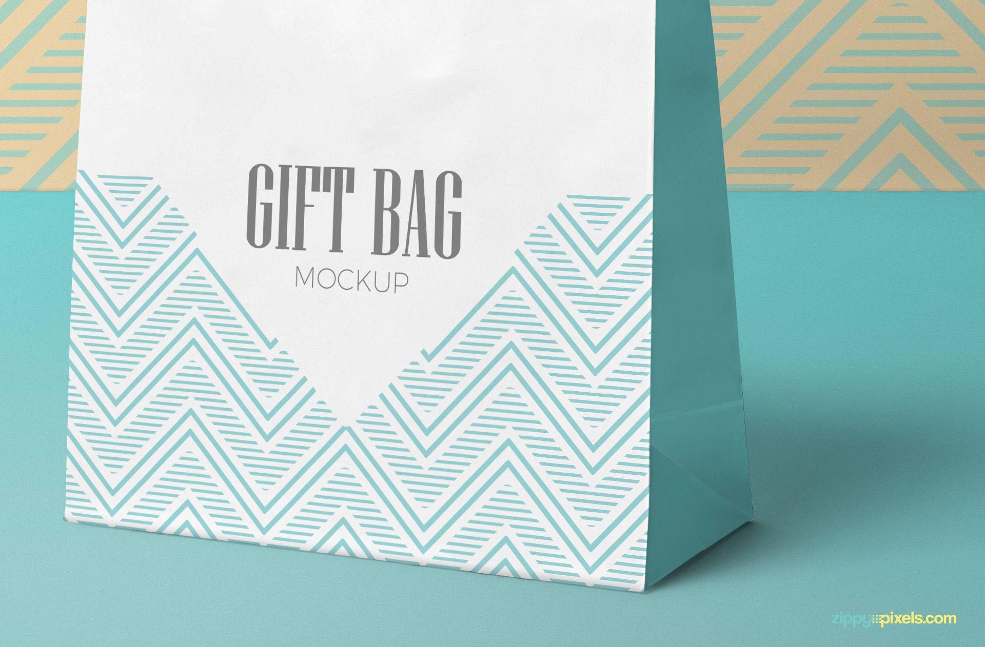 Download Free Attractive Gift Bag Mockup Zippypixels Bag Mockup Attractive Gift Psd Templates
