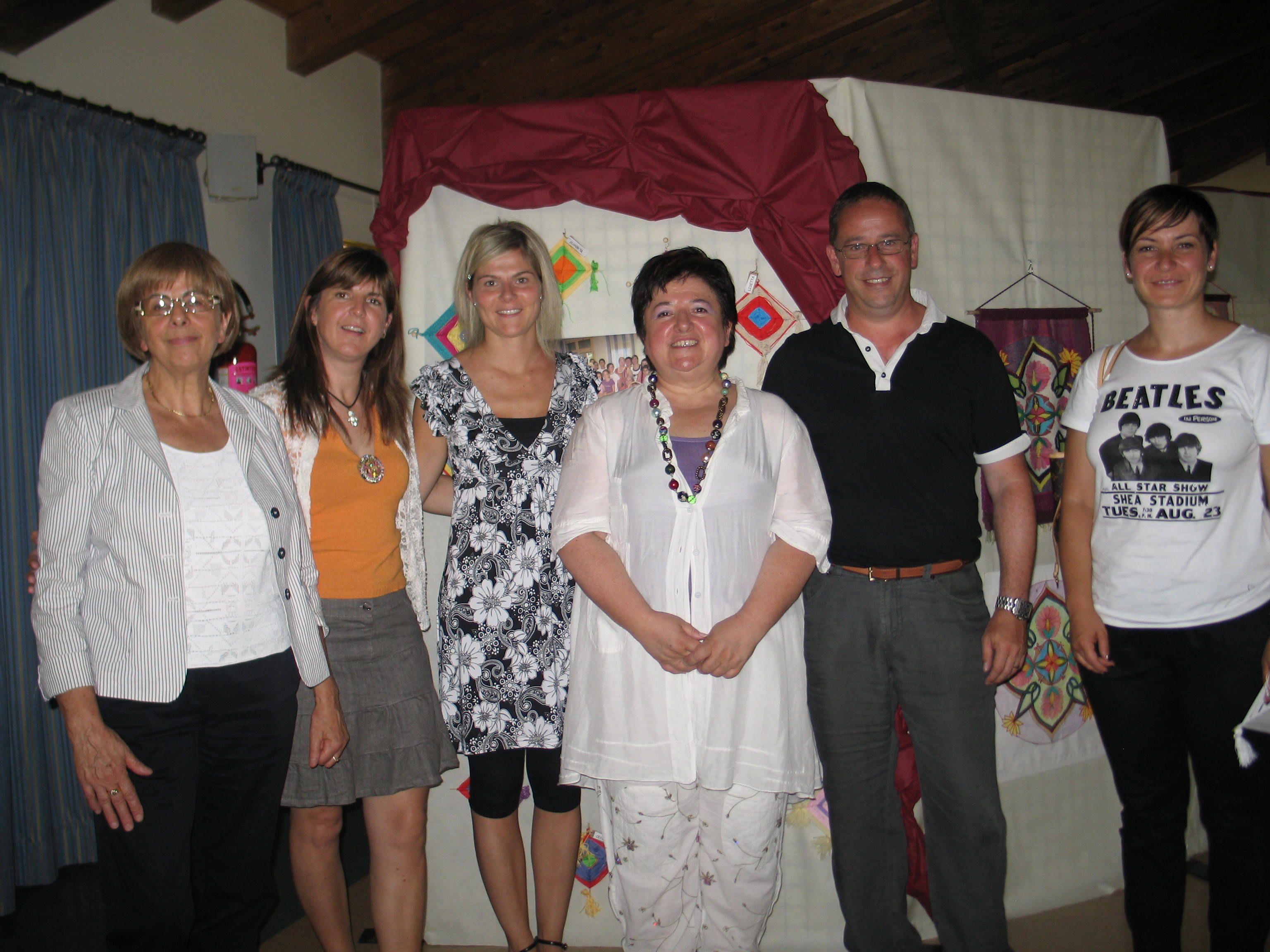 inaugurazione mostra i colori della vita Taio trento presidente Demagri daria insegnante