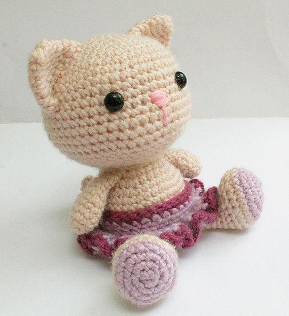 Amigurumi Kitty Cats! » Loganberry Handmade | 623x570