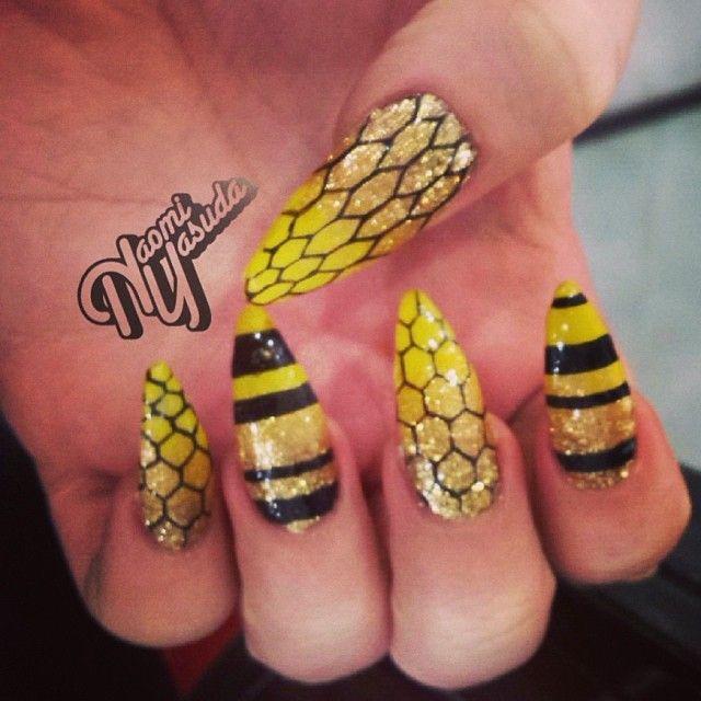 Beehive nail art by Naomi Yasuda