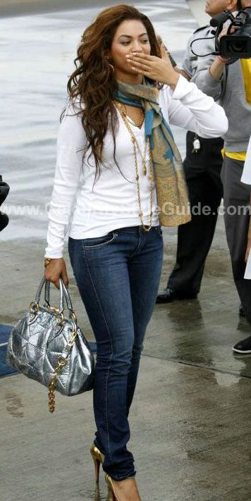 Beyonce Knowles Style And Fashion Siwy Jeans On Celebrity Style Guide The Mrs Carter