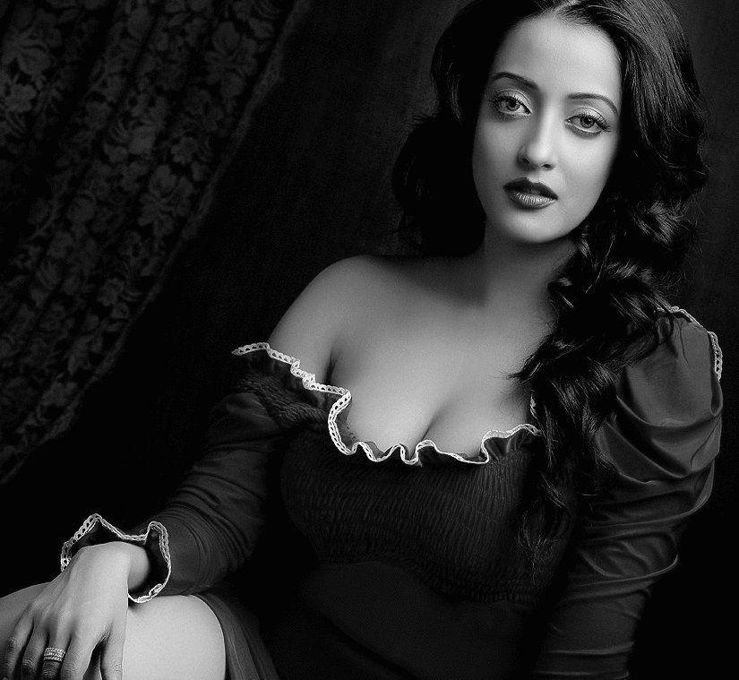 Princess Raima Sen Of Tripura, A Bollywood Star  People -9432