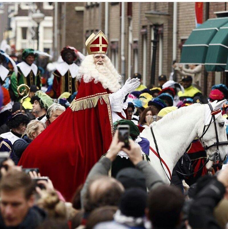 Sinterklaas, vandaag aangekomen in Maassluis. Voor de kleintjes.