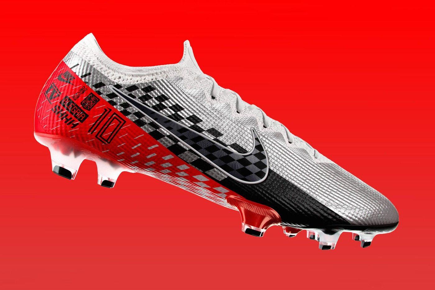 Luminancia abrazo estrategia  Neymar Jr. & Nike Launch Mercurial Vapor 360